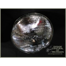 LE-105-12V - Headlight Bulb (sealed beam 12V)